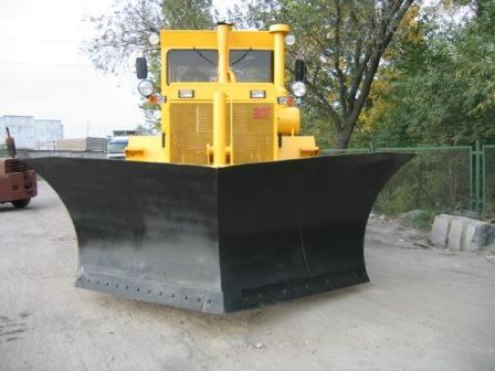 Дорожно-строительная и специальная техника на базе К-701 ЗСТ и Кировец