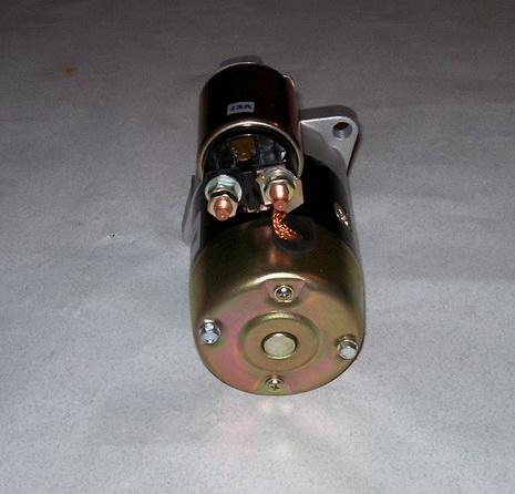 Помпа охлаждения на двигатель Nissan K21