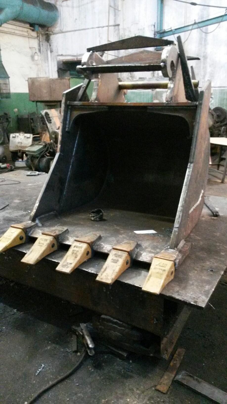 Ковши узкие, скальные , поворотные для любых экскаваторов