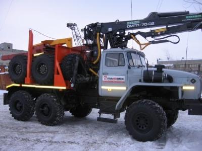 Лесовозный тягач Урал 55571, Е-4 2015 г.в.   с манипулятором Омтл-70.02
