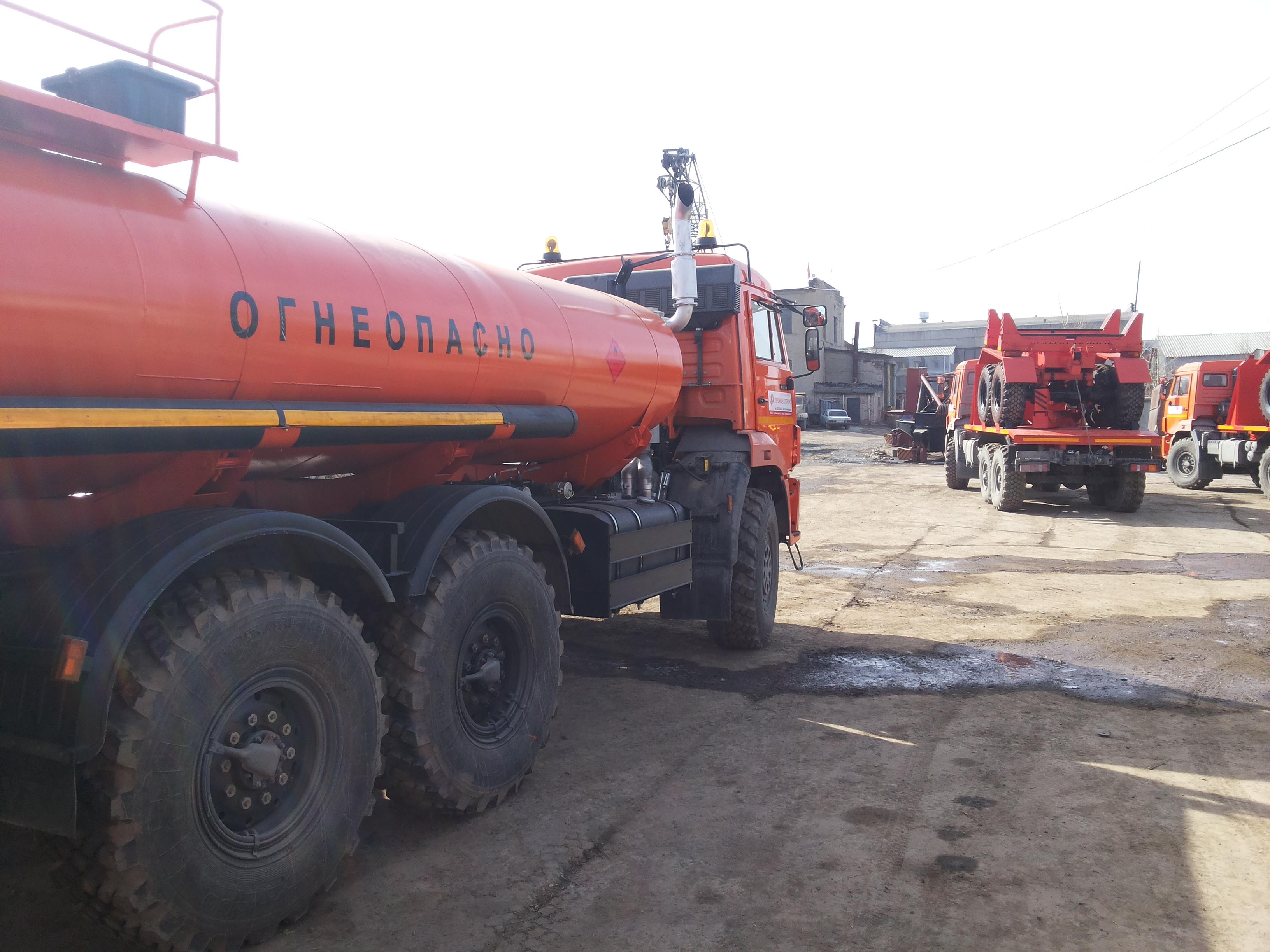 Автотопливозаправщик 10 куб.м.  Камаз 43118 от производителя Доставка по РФ