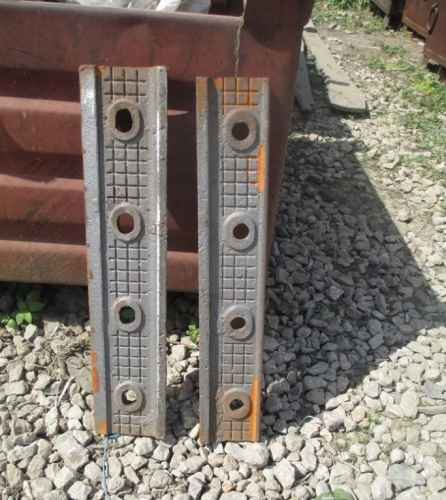 Продам_Трамвайные накладки по 5400 р/комплект, переходные Р65/Р50 и Р50/Р43