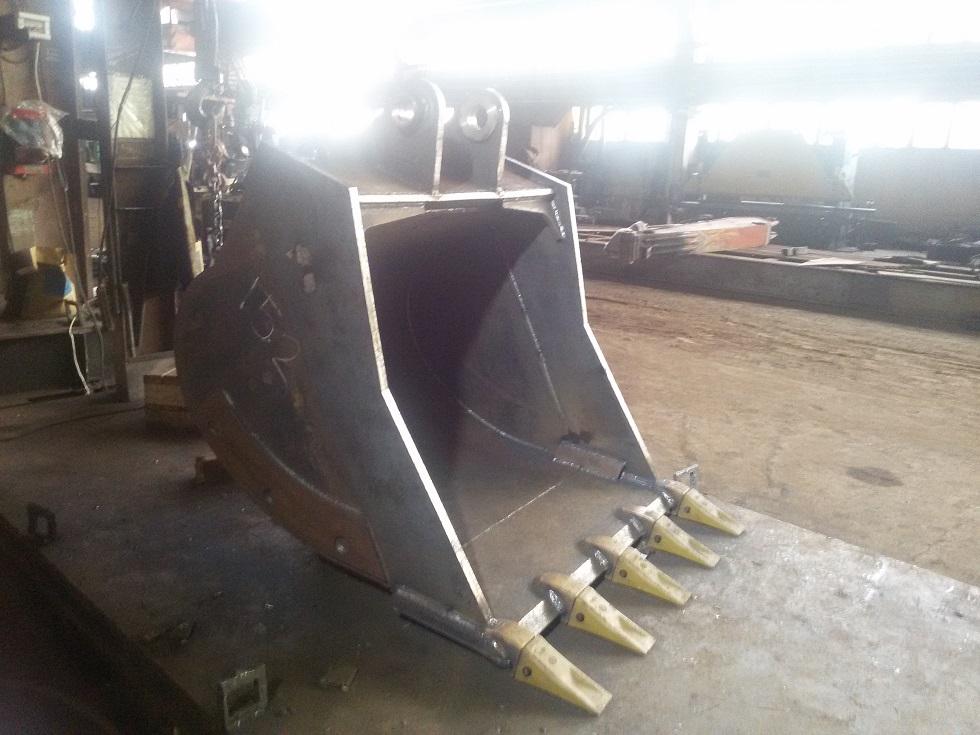 Ковши, рыхлители, оборудование для сноса зданий