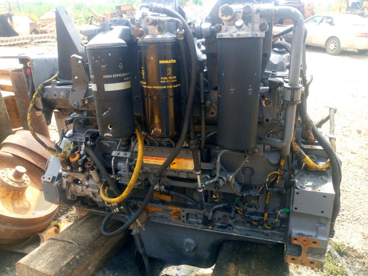 Продам ДВС б/у KOMATSU S6D125E-2