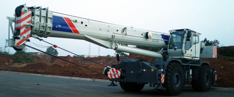 Внедорожный Автокран ZOOMLION RT75