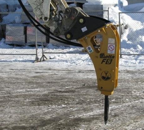 Гидравлический молот Delta F-5 Корейский для экскаватора-погрузчика