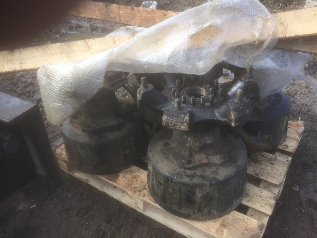 Ступица в сборе с торм.барабаном Краз-260 (конверсия, с хранения).