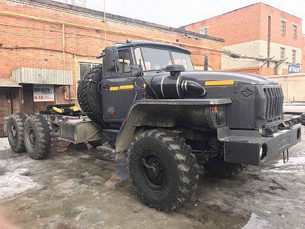 Урал тягач седельный 4320-1912-60М