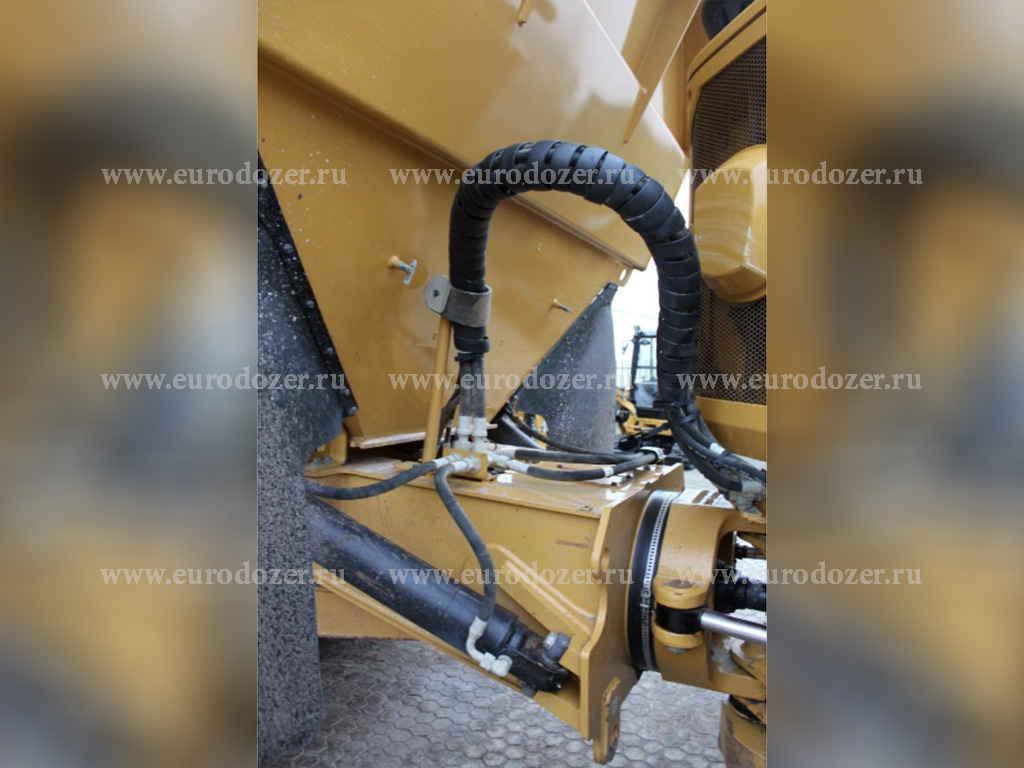 Думпер CAT 730C, 2014 г., 17.5 м3, из Европы