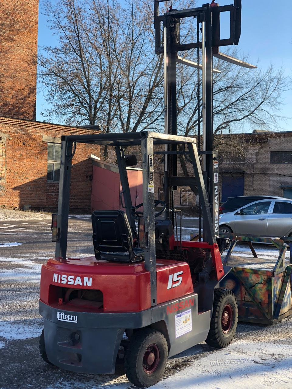 Дизельный погрузчик Nissan fj01a15