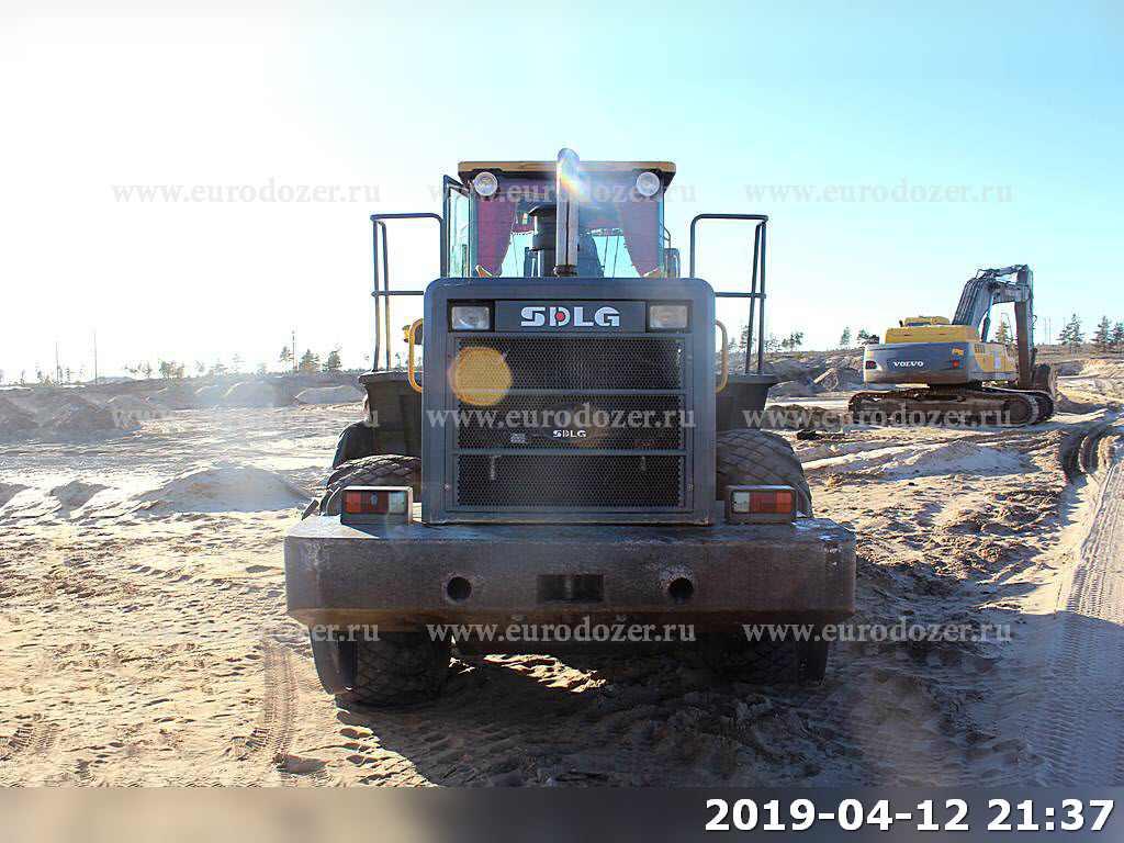 Фронтальный погрузчик SDLG 956, 2012 г, 6200 м/ч, 3 м3