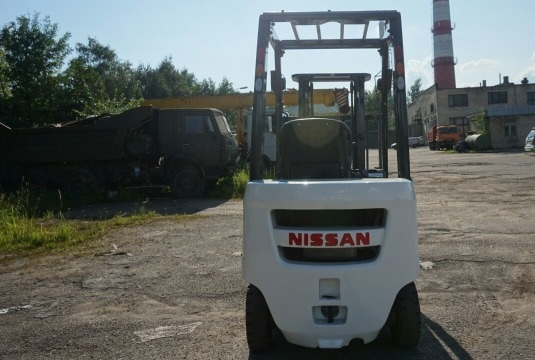 Погрузчик вилочный Nissan P1F1A15J, 2010 г