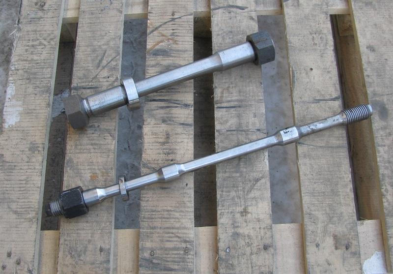 Шпилька стяжная, стяжка корпуса, болт стяжной гидромолота