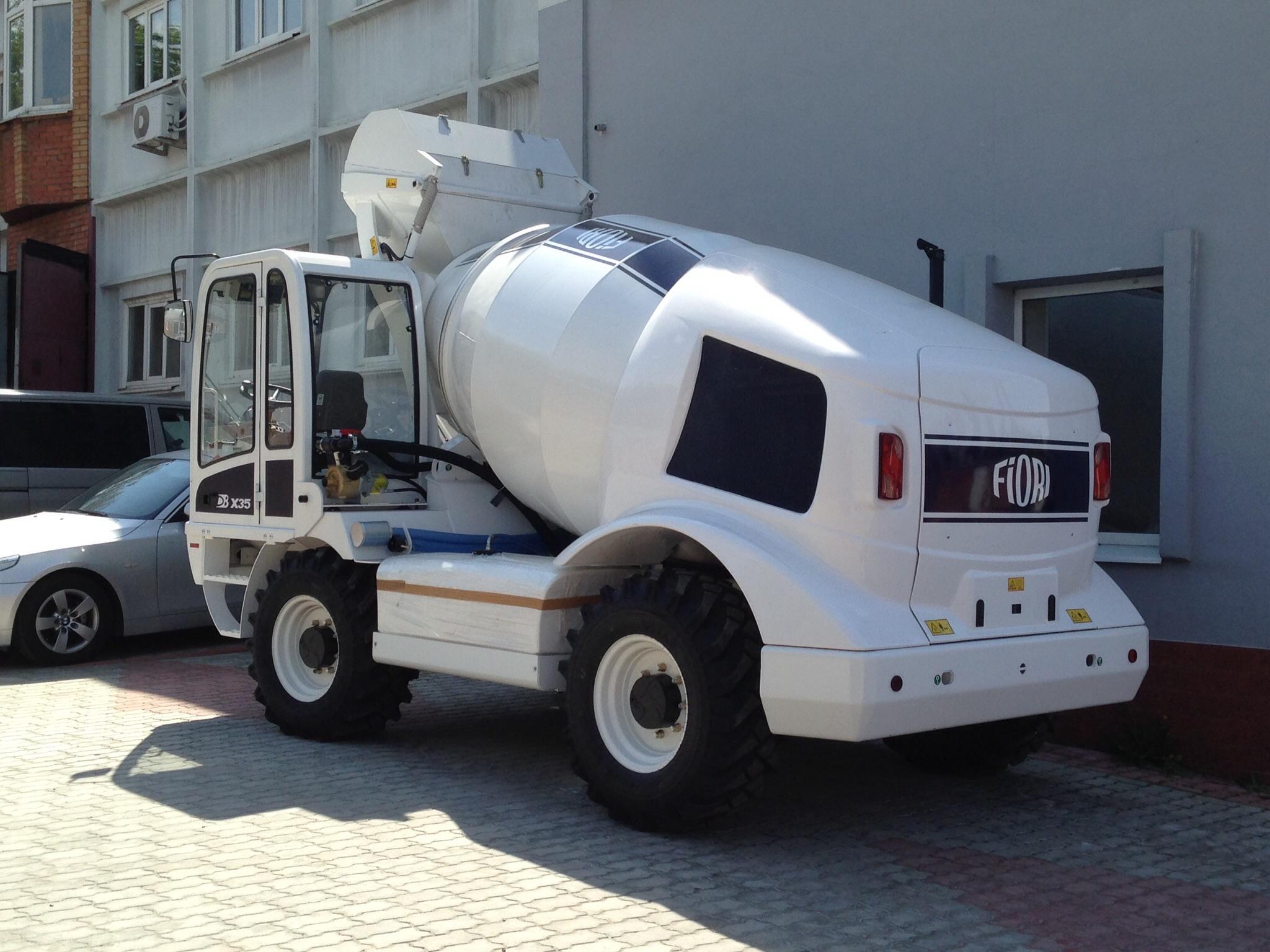 Бетоносмеситель с самозагрузкой Fiori DB X35 мобильный бетонозавод 100м3/см