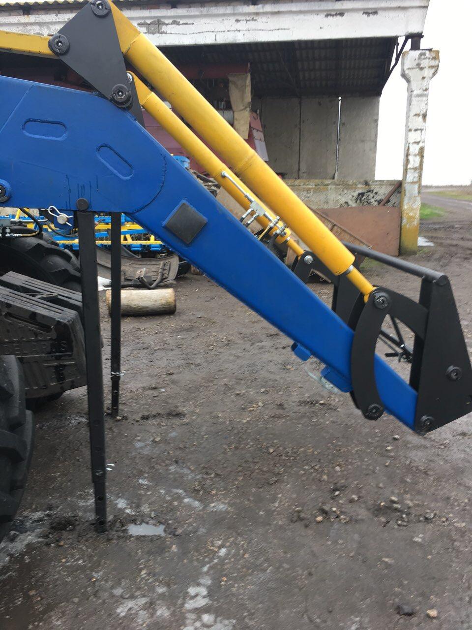 Быстросъёмный погрузчик LARGUS1600 на трактор МТЗ, ЮМЗ, Т-40