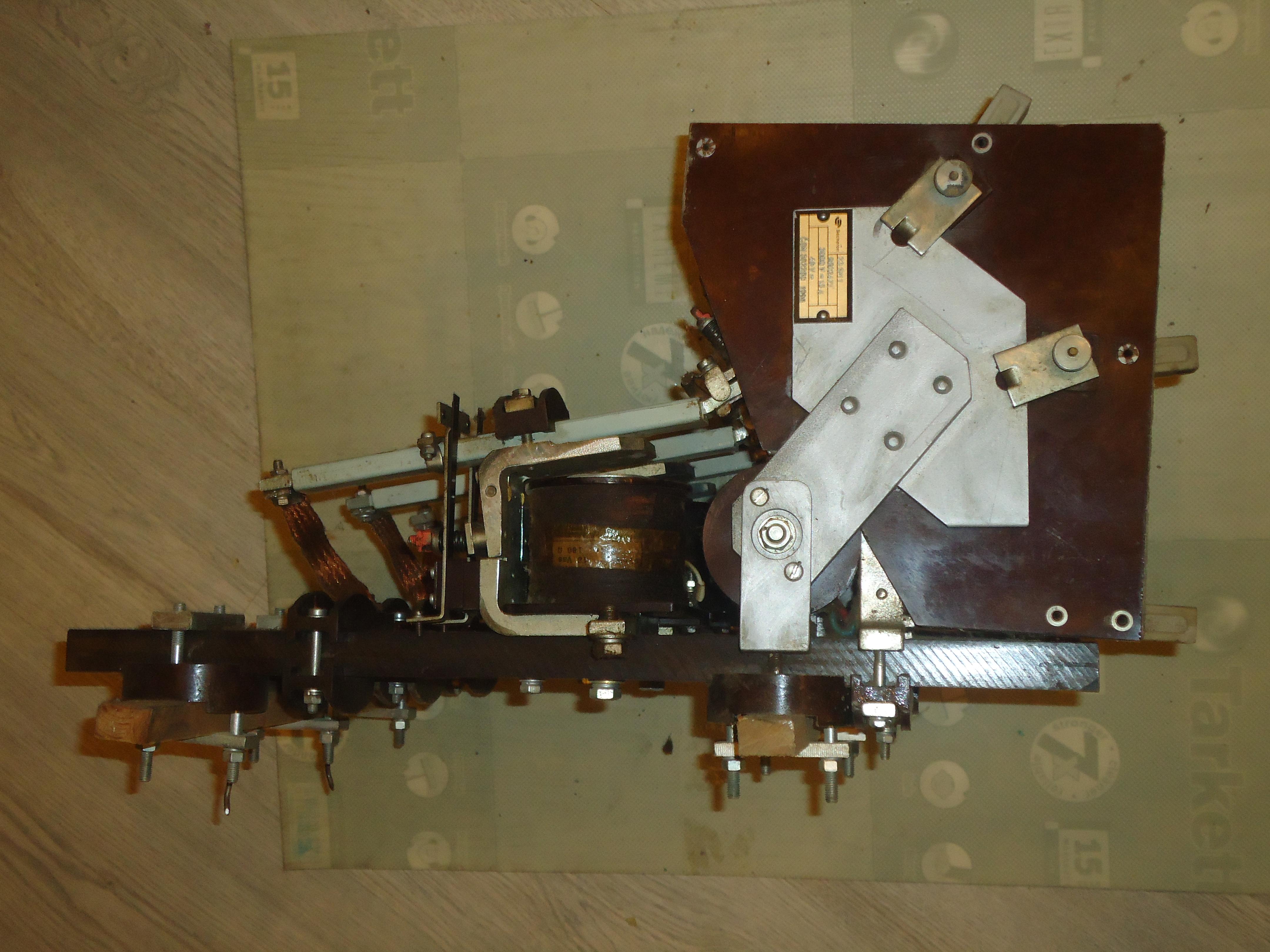 Продаются Контакторы Сешерон (Secheron) 2 3 S M 1 и 31 S M 2 для электровозов